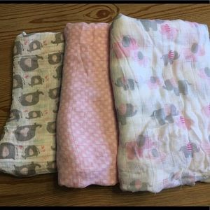 Swaddle Blankets- Set of 3
